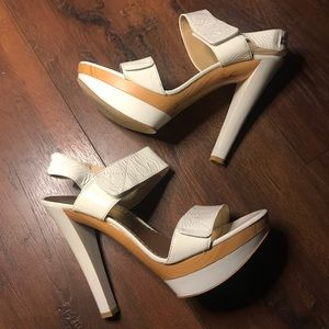 Bebé White Lisa Heels